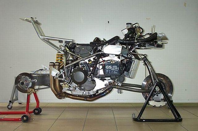 chassis fabrication de pi 232 ces pour restauration de motos anciennes