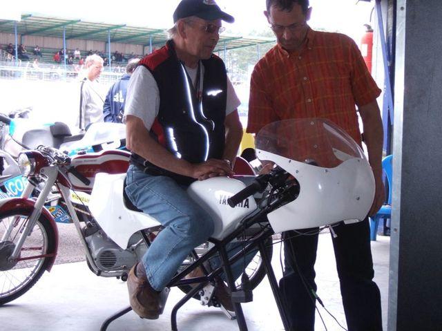 simulateur de pilotage playbike produits et motos anciennes en vente. Black Bedroom Furniture Sets. Home Design Ideas